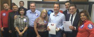O candidato a Prefeito Eli Corrêa Filho, visitou a OAB Guarulhos e assinou termo de compromisso por Eleições Limpas