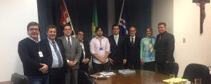 Reunião para discutir soluções para a regularização fundiária do município de Guarulhos