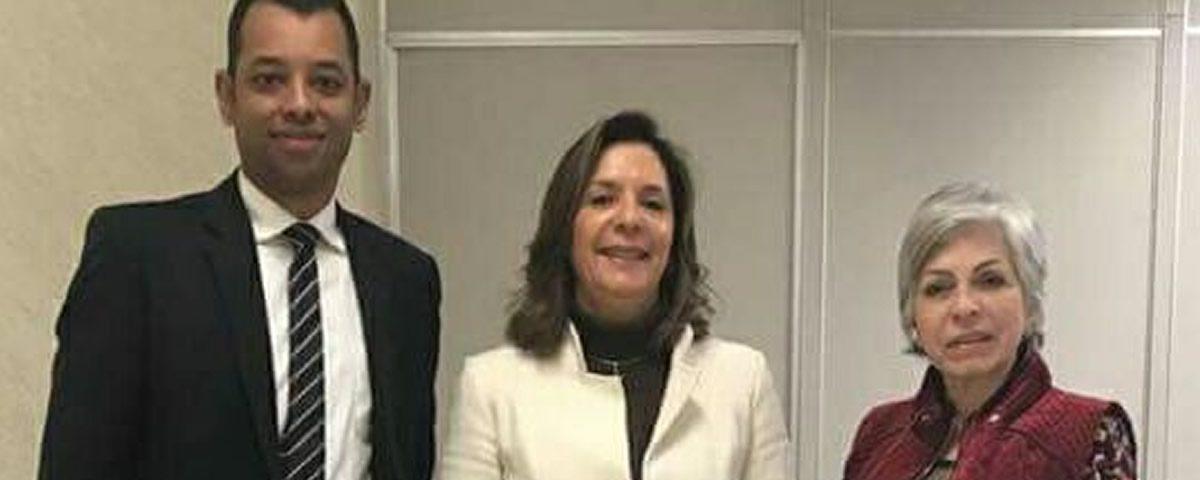 Comissão de Direitos e Prerrogativas, juntamente a Comissão de Relações Institucionais com o Poder Judiciário da OAB Guarulhos, estiveram presentes no Fórum Trabalhista de Guarulhos