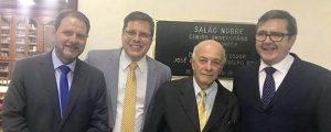 Presidente da OAB Dr. Alexandre de Sá participou de uma cerimônia de homenagem aos professores