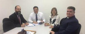 Presidente da Comissão de Direitos e Prerrogativas da OAB Guarulhos, Dr. Eduardo Ferrari em reunião com a diretoria da Subseção, comunicou mais uma vitória da advocacia local