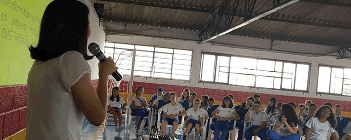 Palestra sobre Direito Digital no Colégio Oficial na Vila Camargo em Guarulhos