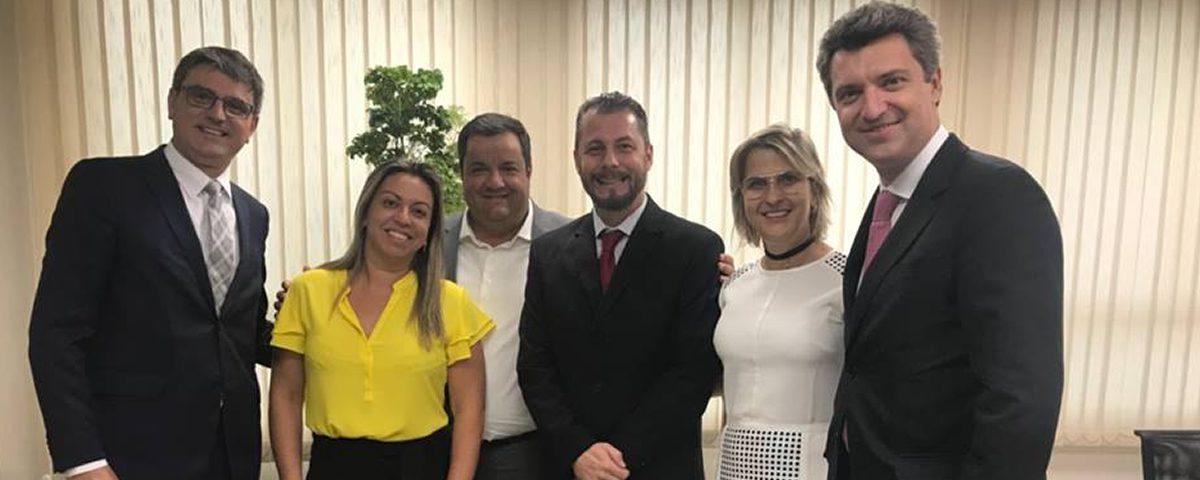 Diretores da OAB Guarulhos estiveram na sede da OAB/SP para discutir assuntos de relevo e de interesse da Subseção Guarulhos, os quais foram recebidos pelo Secretário Geral Dr. Caio Augusto e pelo Tesoureiro Dr. Ricardo Luiz de Toledo Santos Filho