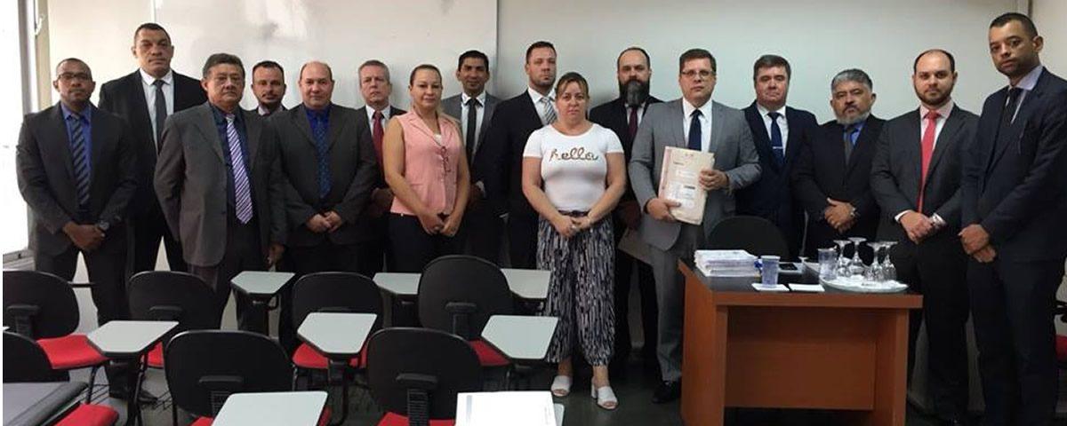 You are currently viewing Reunião com a Comissão de Direitos e Prerrogativas