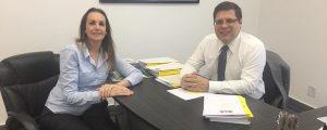 Reunião com a Diretora Secretária Geral da OAB Guarulhos