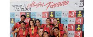Time de Vôlei Feminino da OAB Guarulhos vence em 3º lugar na Copa DEO de Vôlei Master Feminino no Continental Parque Clube.