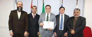"""Palestra: """"A Influência da Mídia no Tribunal do Júri"""" – Expositor: Dr. Alexandre de Sá."""