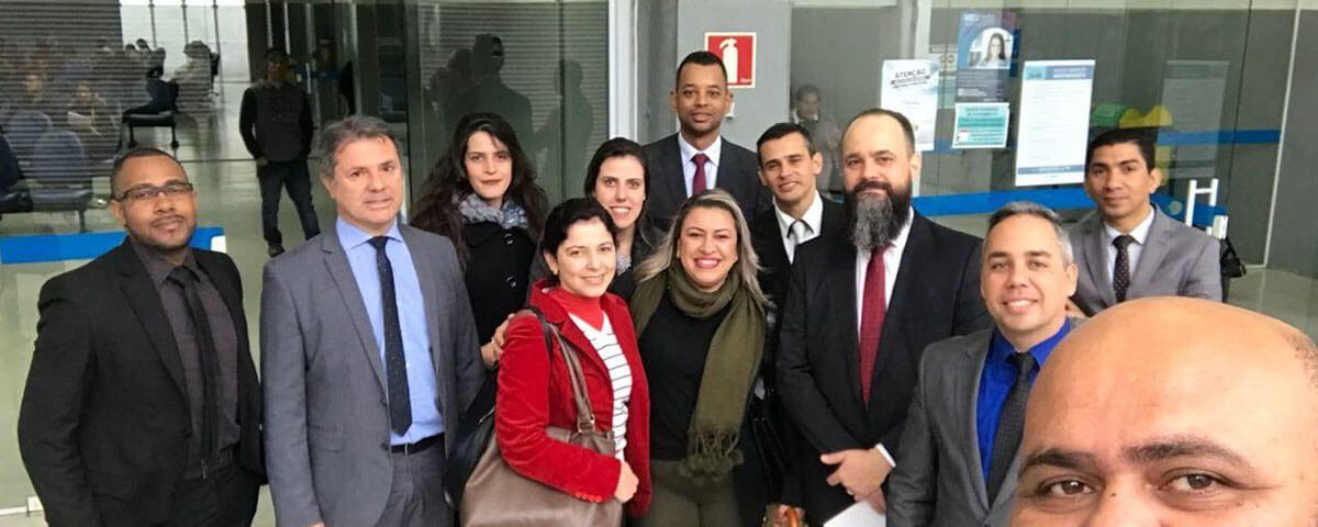 Comissão de Direitos e Prerrogativas da OAB realiza mais uma BLITZ na Agência do INSS da Vila Endres.