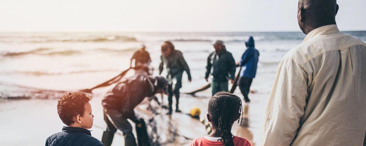 """05/11 – Palestra: """"Refugiados – Uma Questão Humanitária""""."""