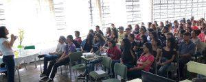 Comissão OAB Vai à Escola ministra palestra na Escola Érico Veríssimo