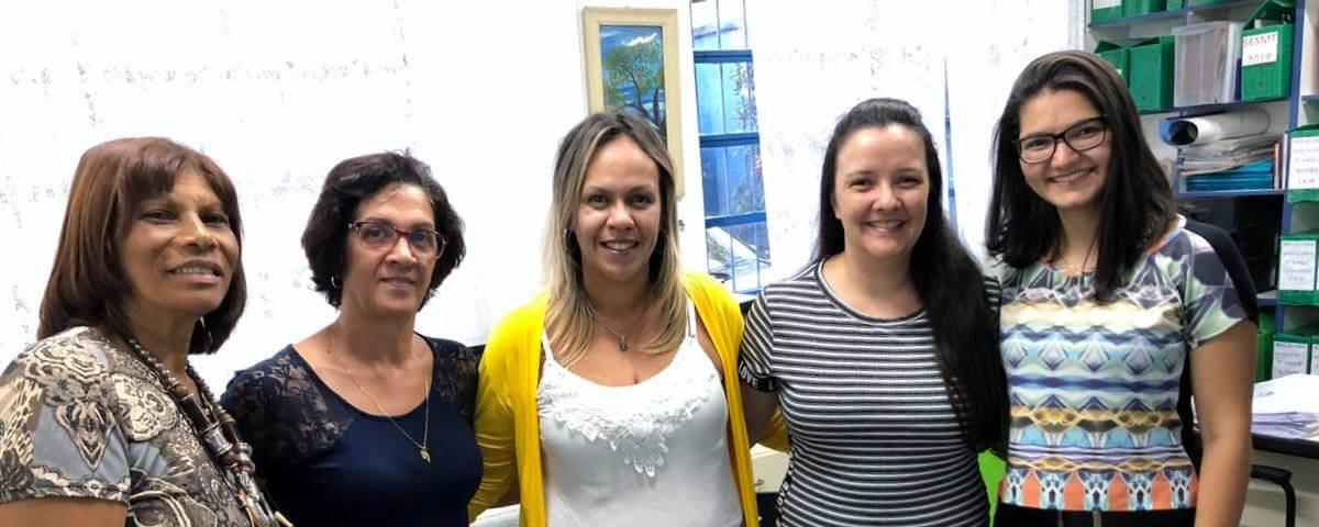 """Comissão OAB Vai à Escola ministra palestra sobre """"Violência Doméstica"""" na Escola Dr. José Mauricio de Oliveira."""