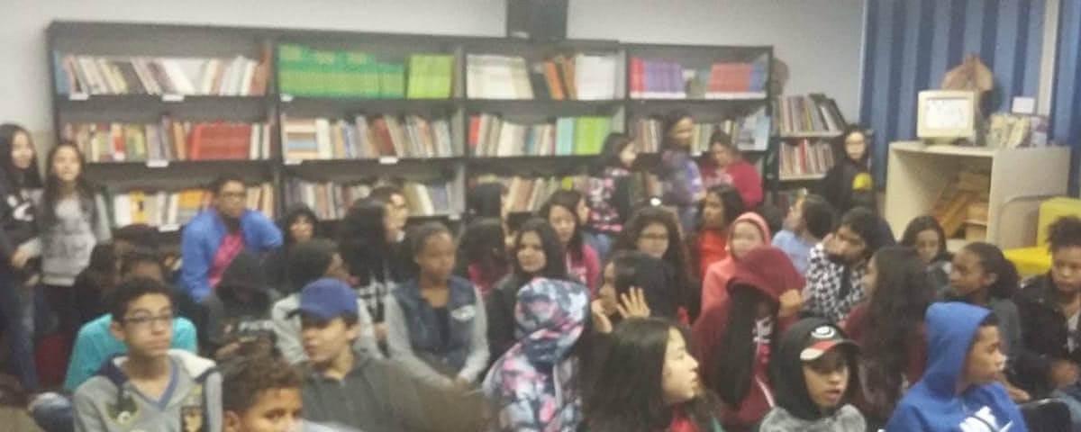 """Comissão OAB Vai à Escola realiza palestra sobre o tema """"Drogas e Consequências"""""""