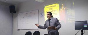 Reunião de treinamento para o cerimonial das solenidades da OAB Guarulhos