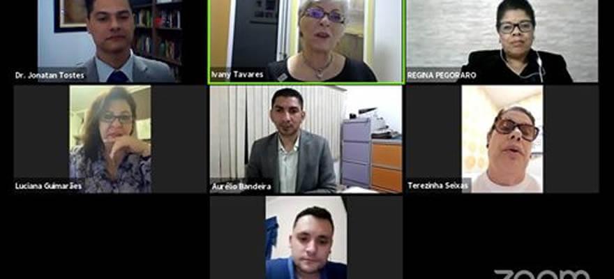 Transmissão da Webinar sobre o tema: Os desafios da educação telepresencial
