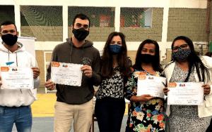 Read more about the article Cerimônia de entrega de certificados aos alunos do projeto Sociedade em Ação